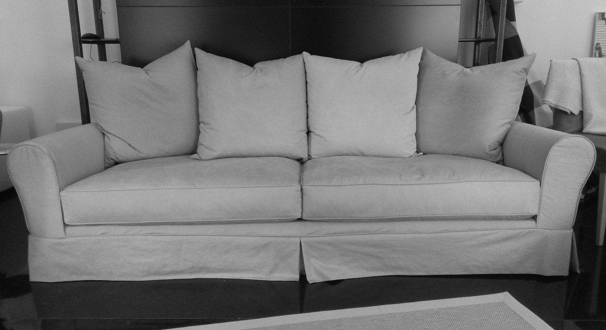 SALE SOFA FROM SHOWROOM!!